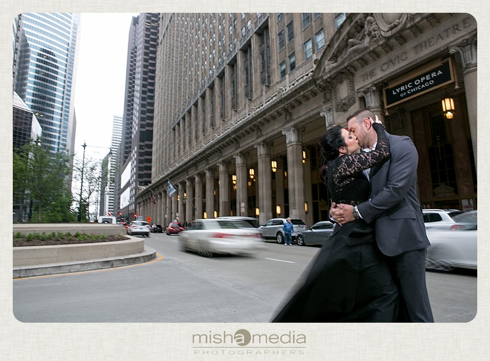 Engagement Session at the Lyric Opera House_0015