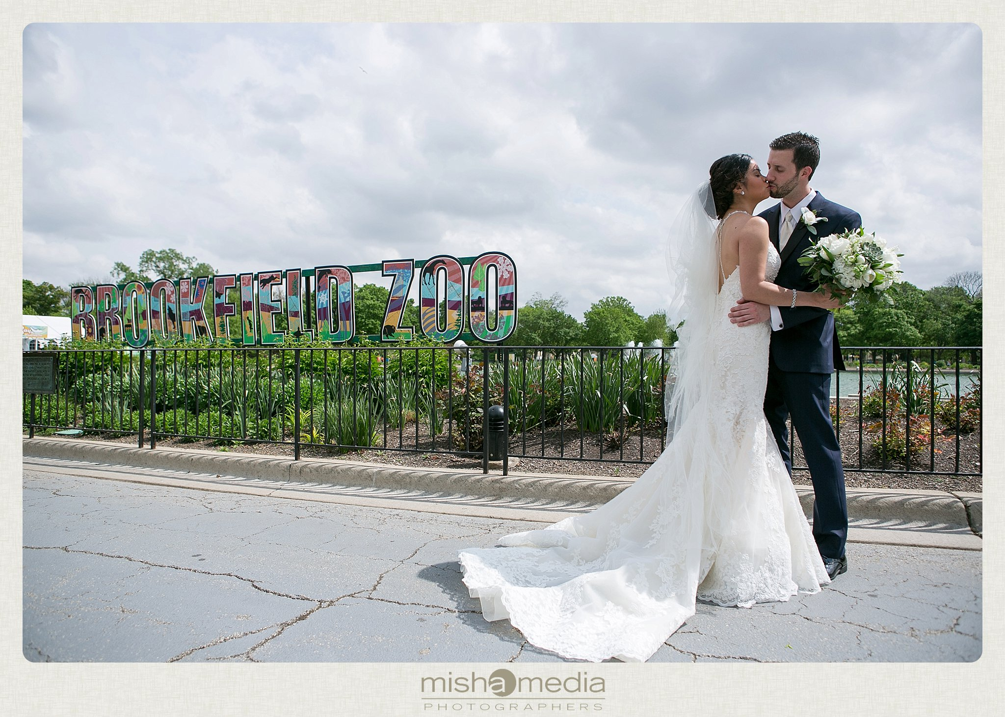 Wedding at the Brookfield Zoo_0002