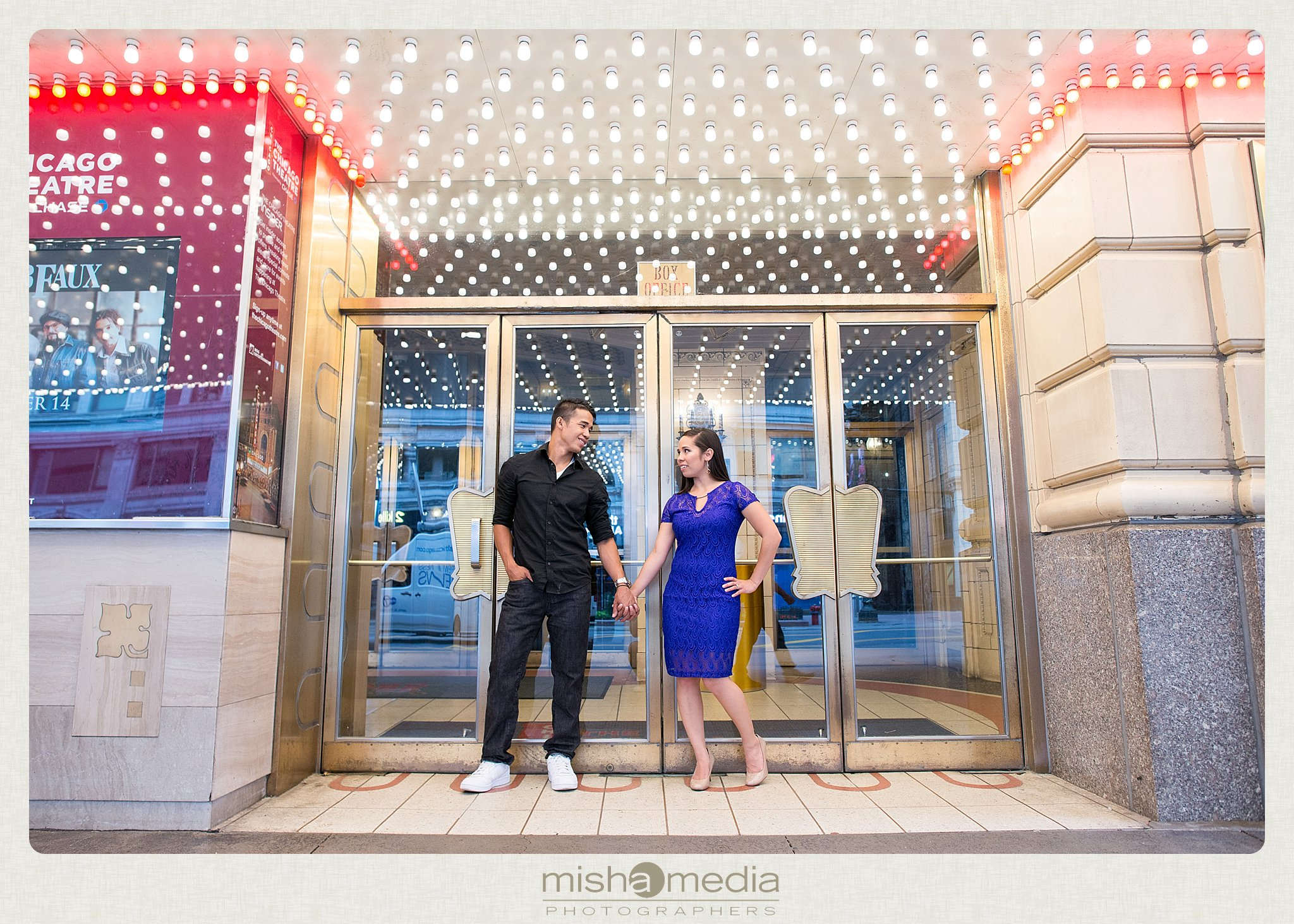 Downtow Chicago Engagement Session_0012