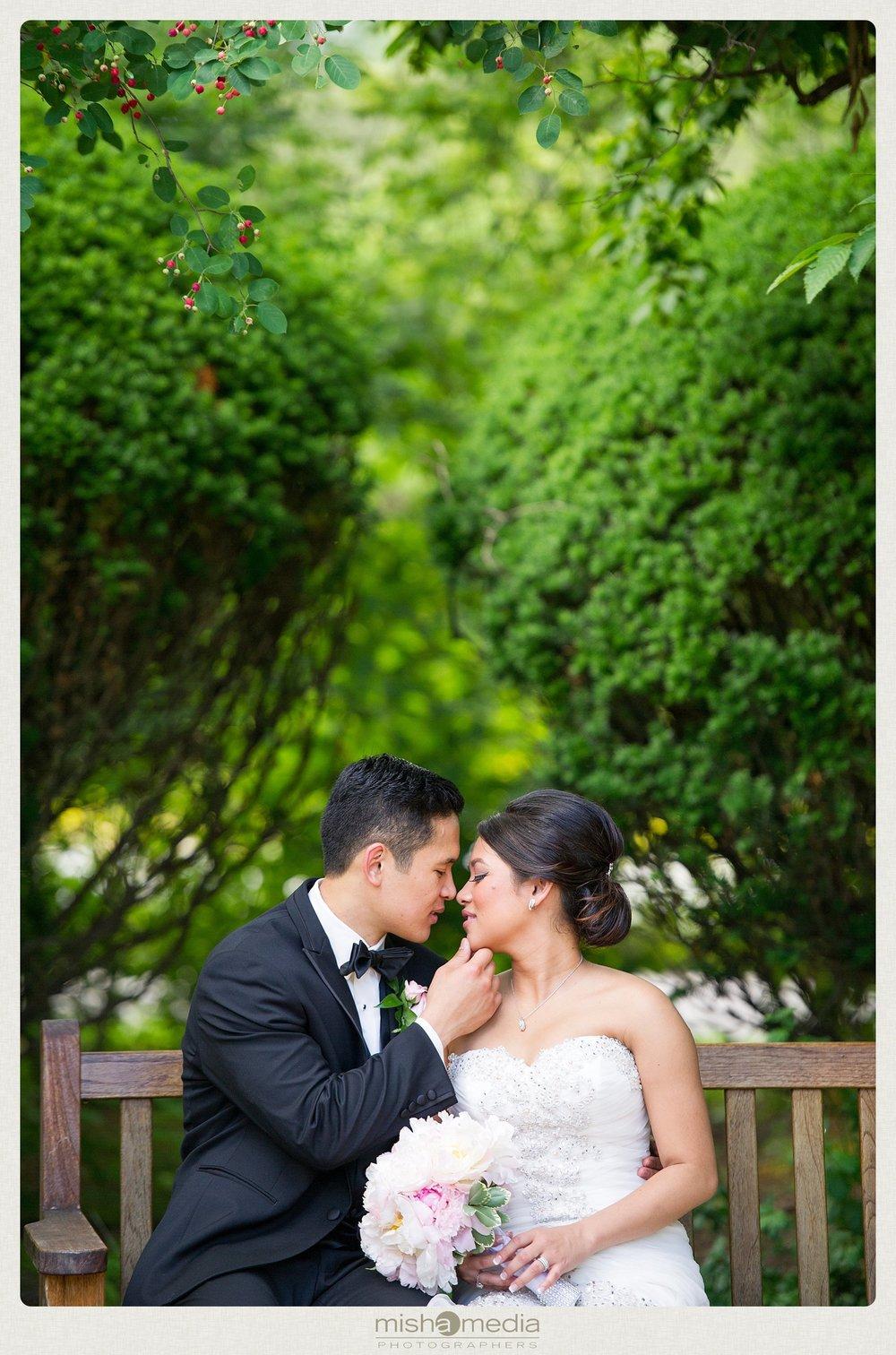 weddings-at-Double-Tree-Oakbrook_0001.jpg