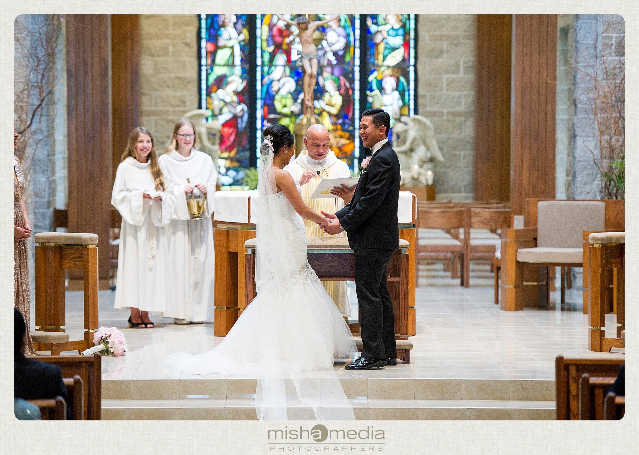 weddings at Double Tree Oakbrook_0023