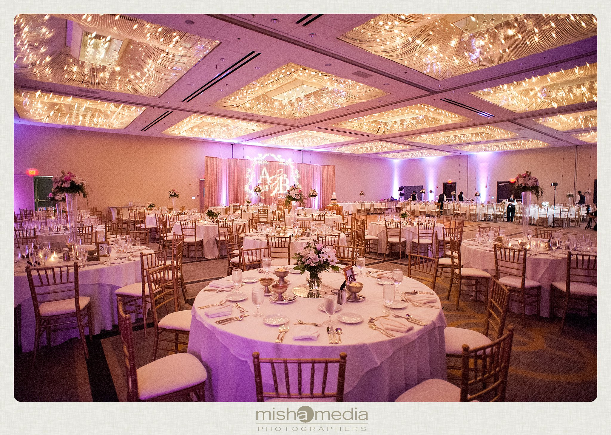 weddings at Double Tree Oakbrook_0048
