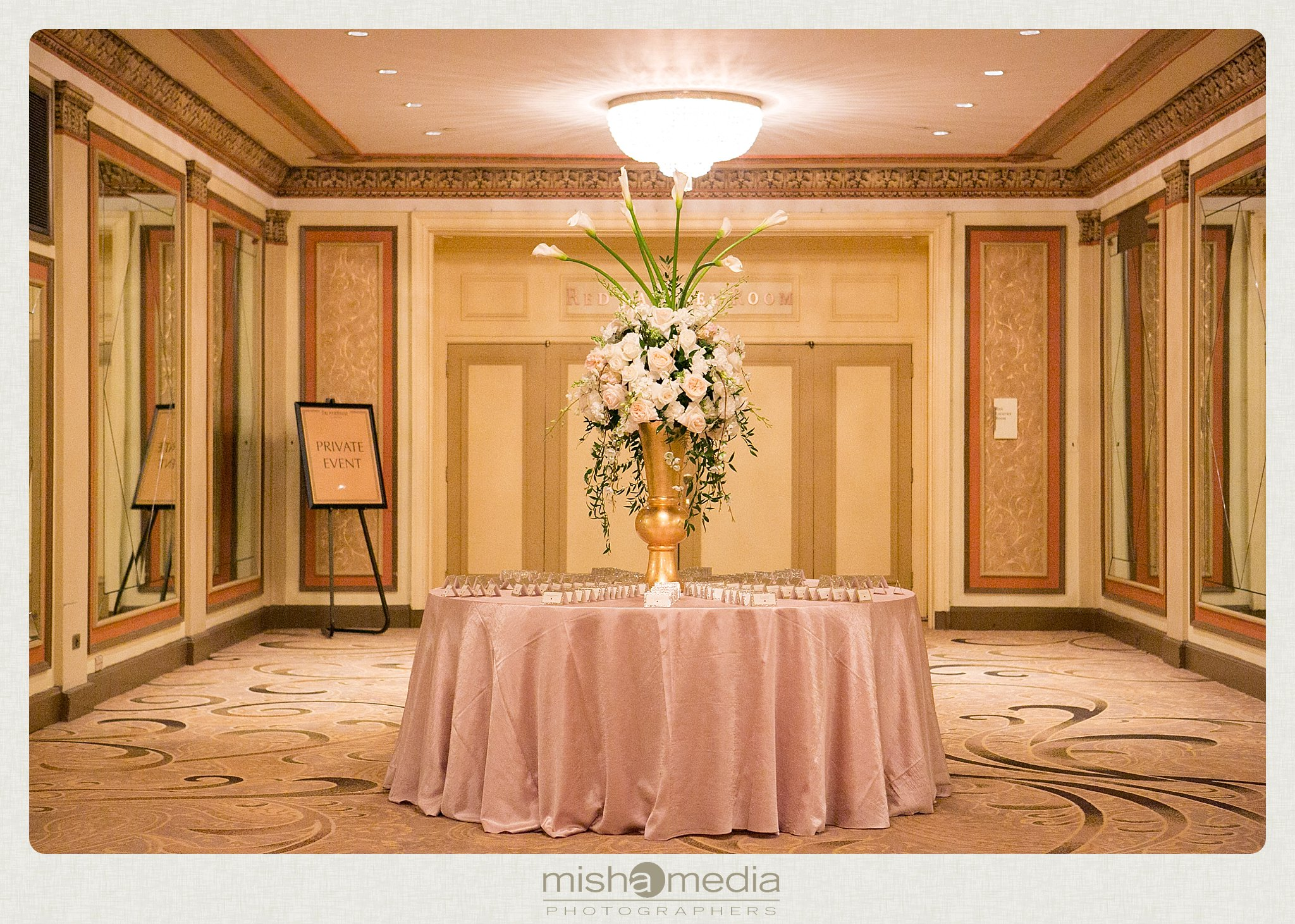 Weddings at Palmer House Hilton Chicago_0037