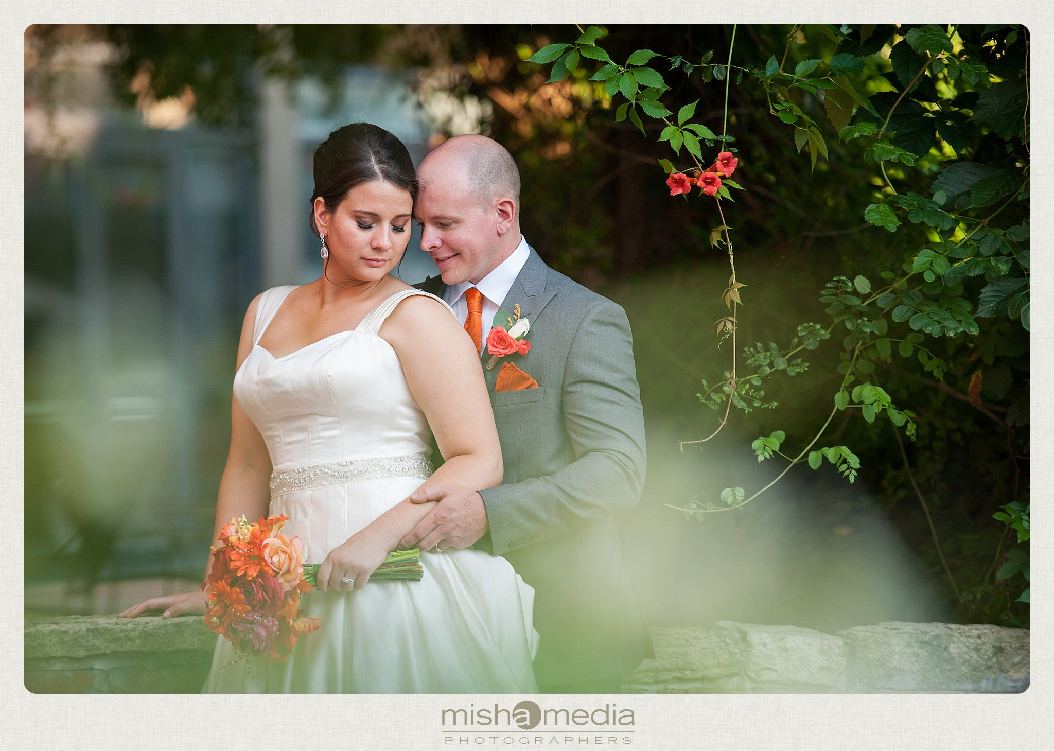 Weddings at Two Brothers Round House Brewery_0001