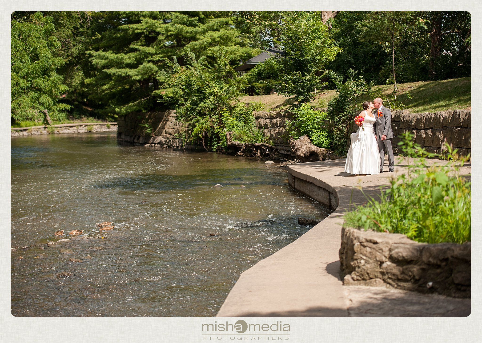 Weddings at Two Brothers Round House Brewery_0014