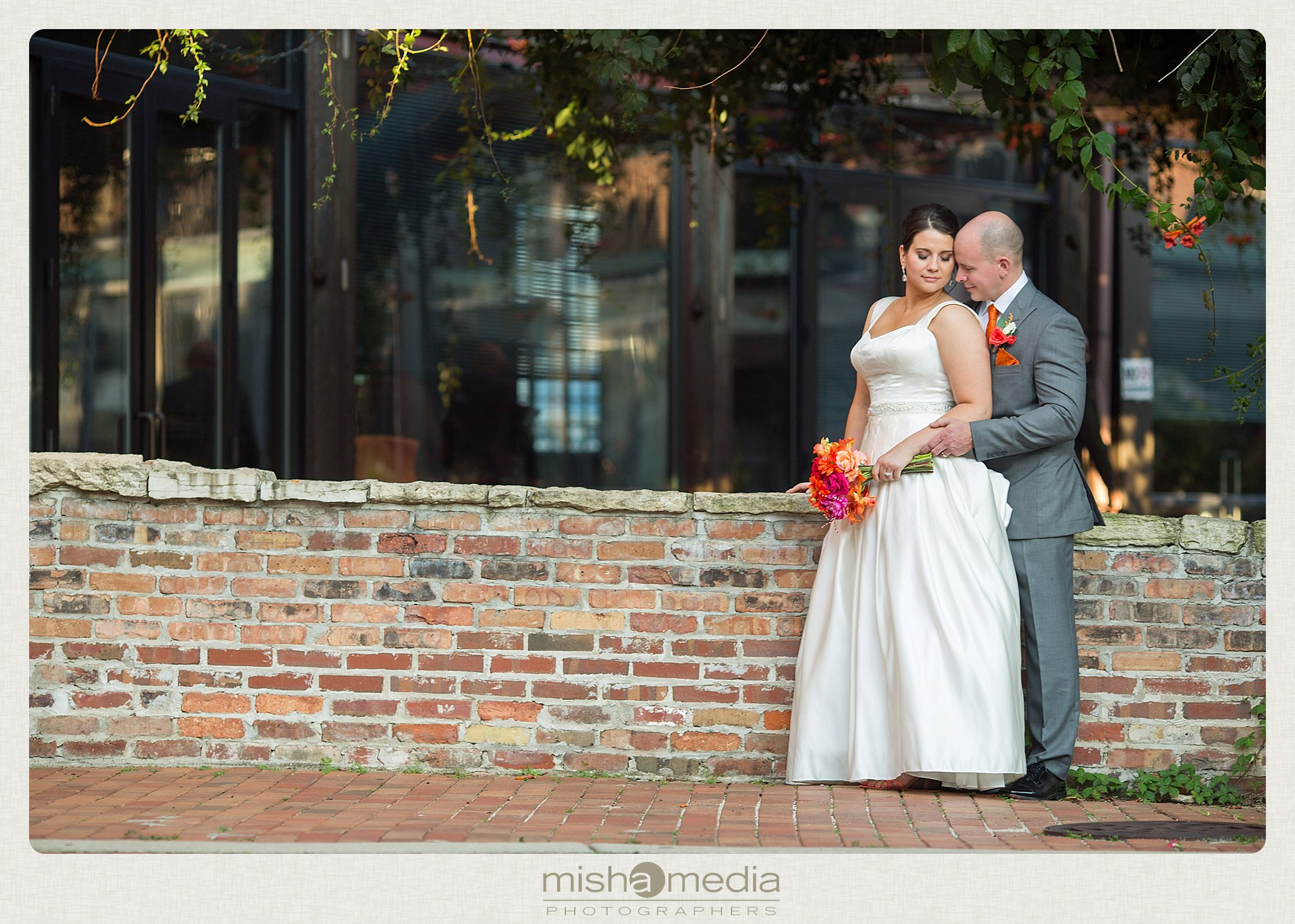 Weddings at Two Brothers Round House Brewery_0028