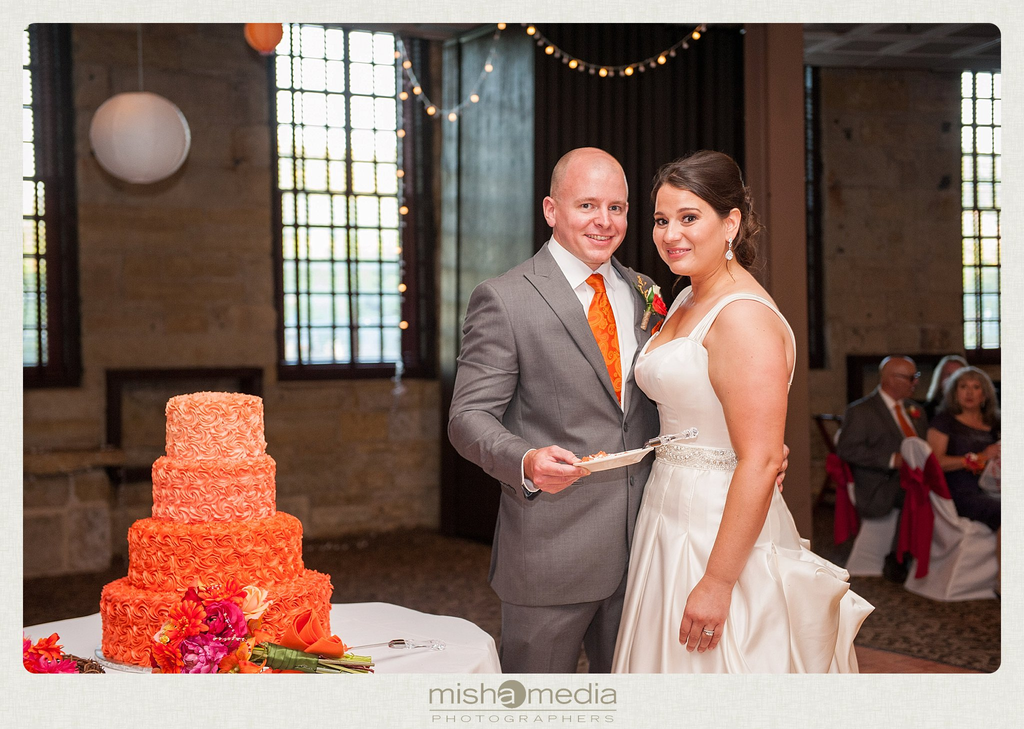 Weddings at Two Brothers Round House Brewery_0034