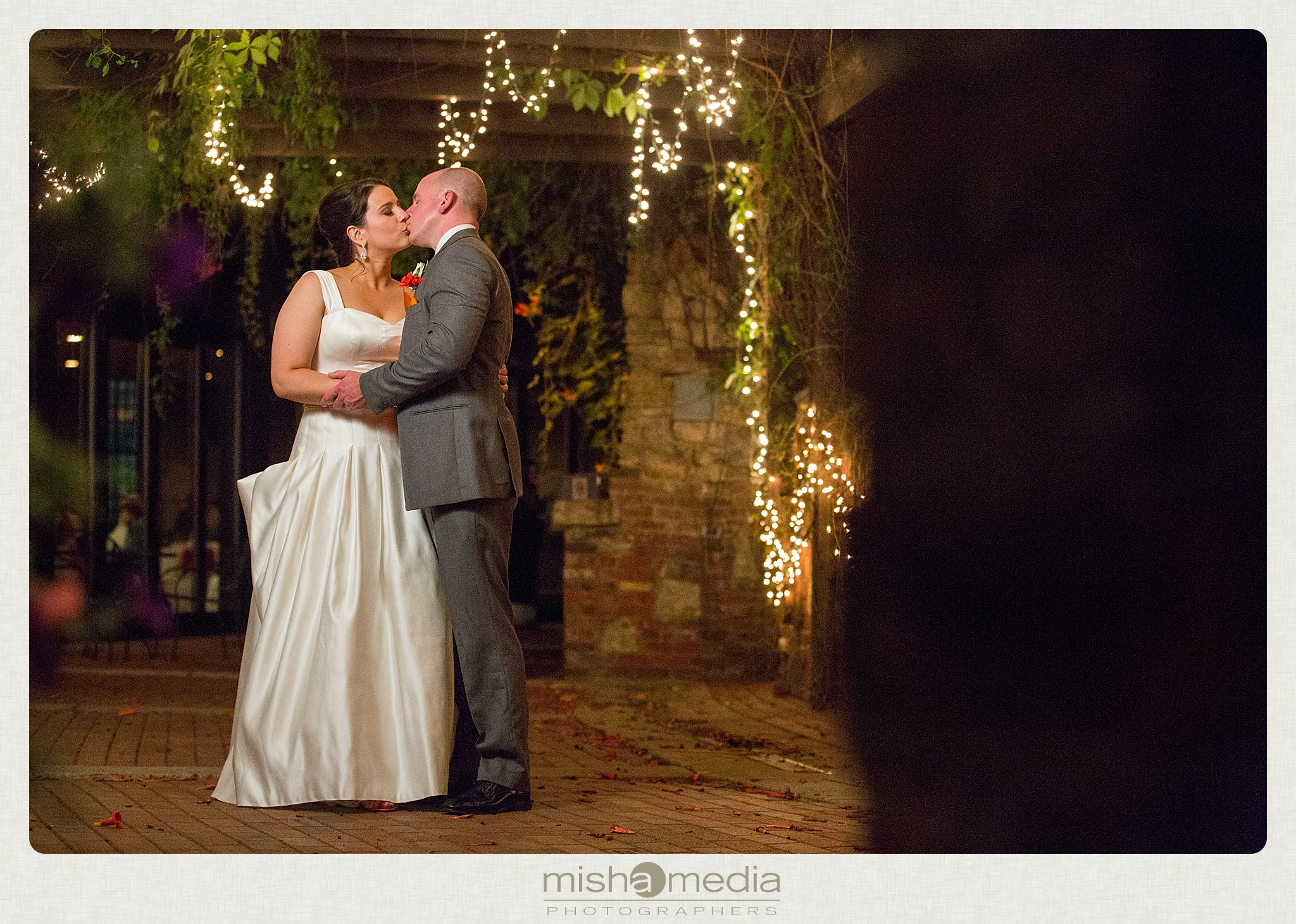 Weddings at Two Brothers Round House Brewery_0037