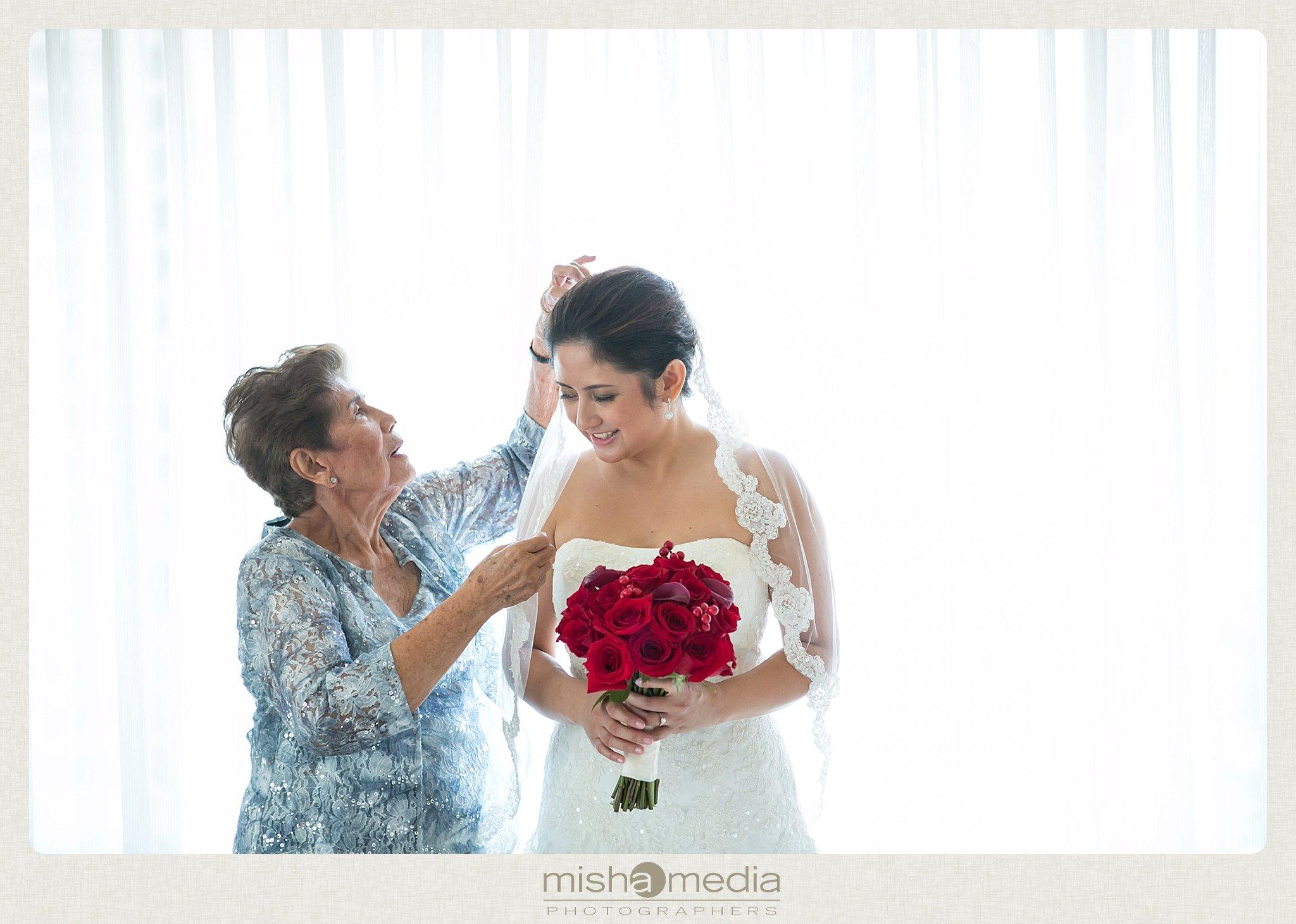 Weddings at Monasteros Banquets_0010