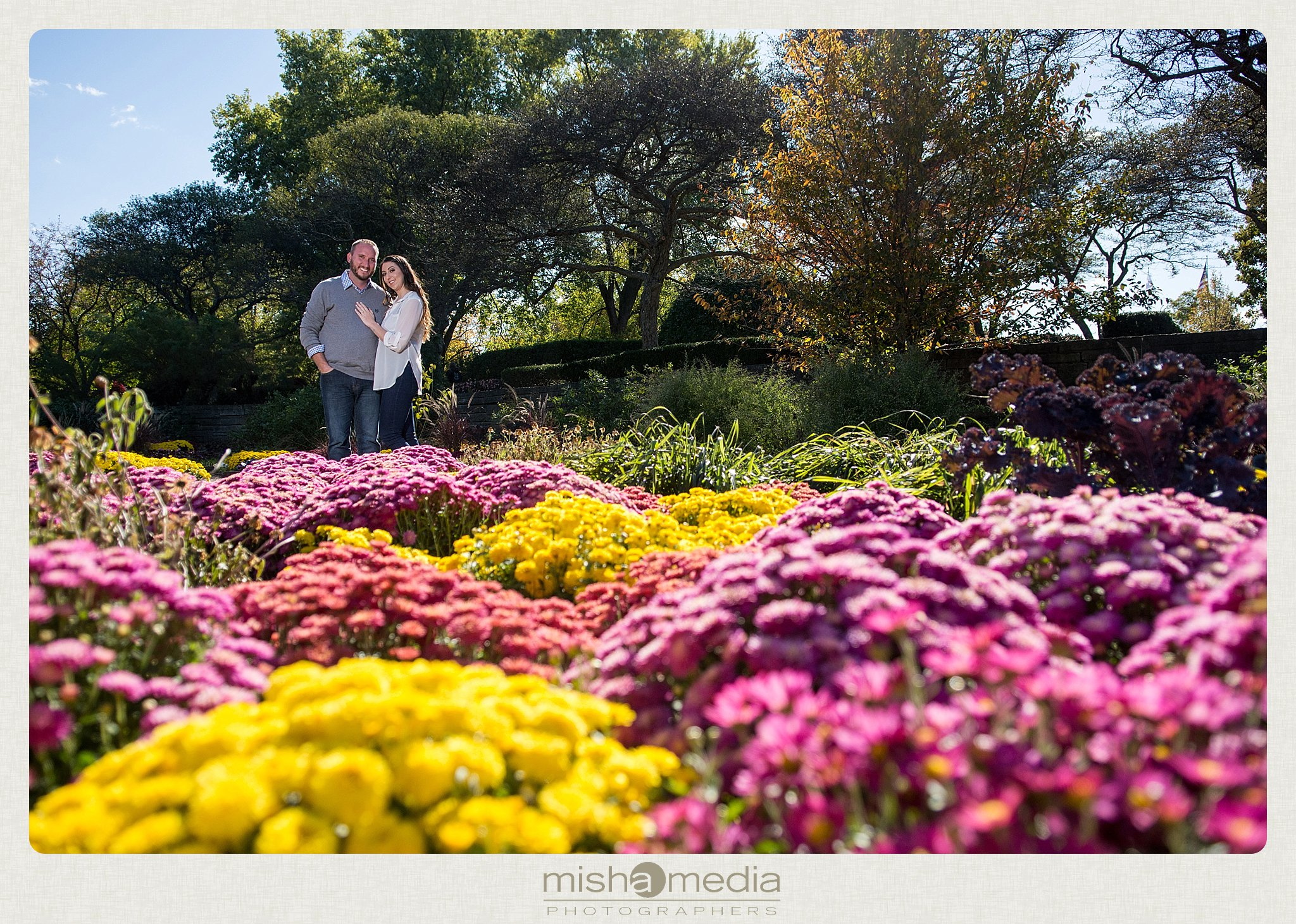 Engagement Photos at Cantigny Gardens_0003