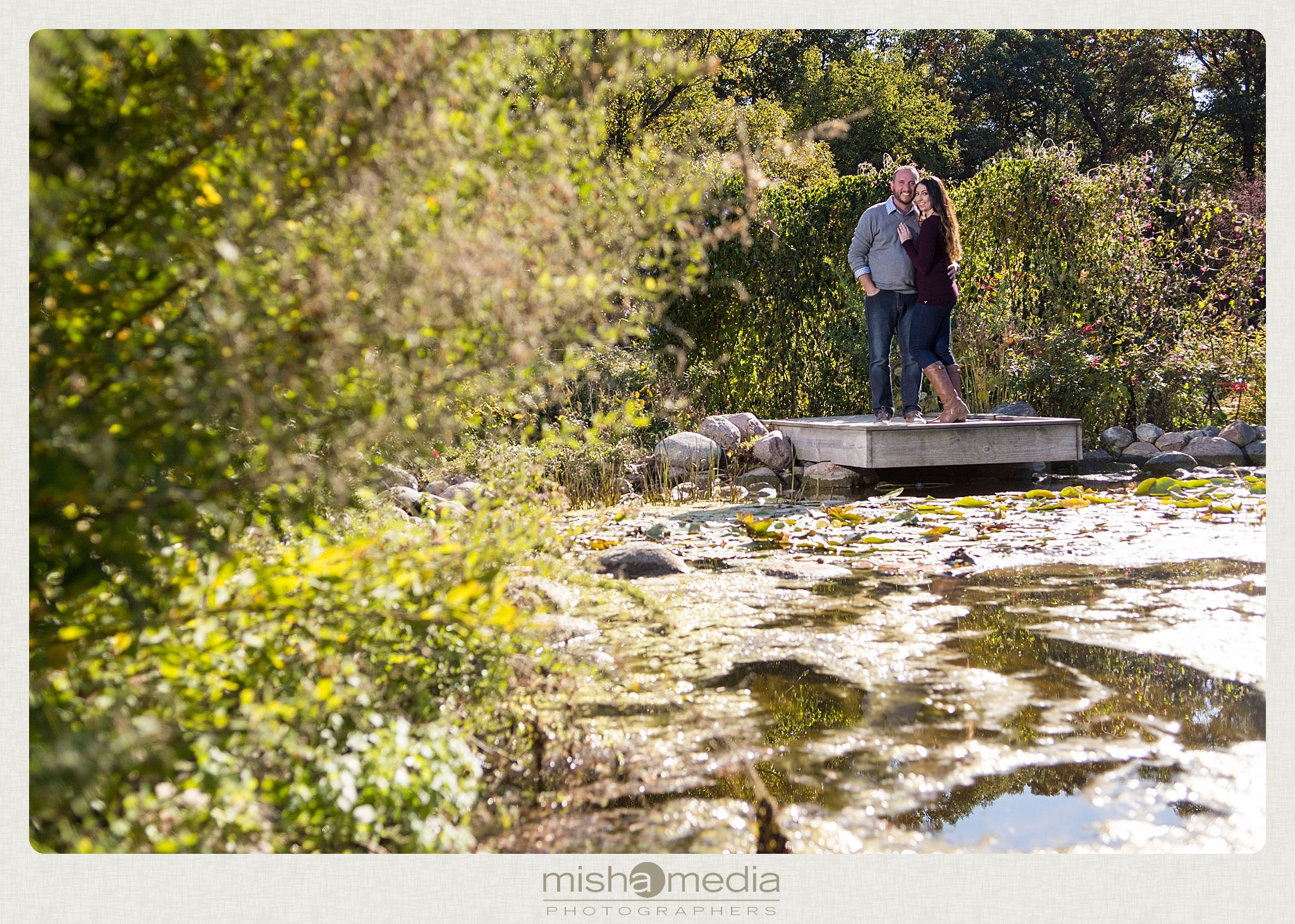 Engagement Photos at Cantigny Gardens_0007