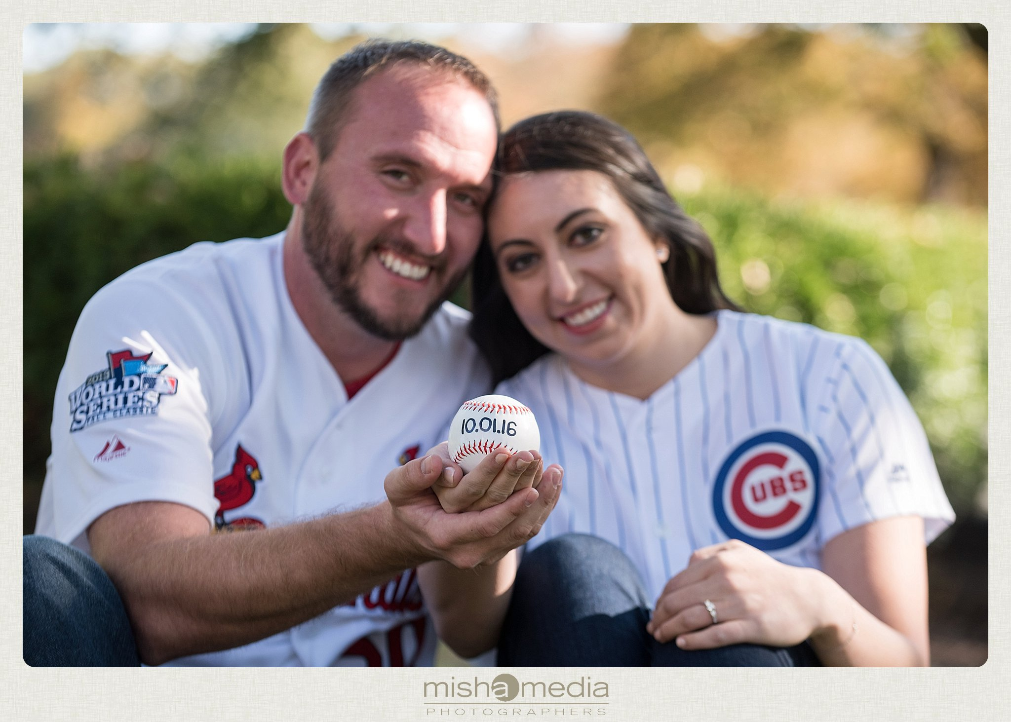 Engagement Photos at Cantigny Gardens_0008