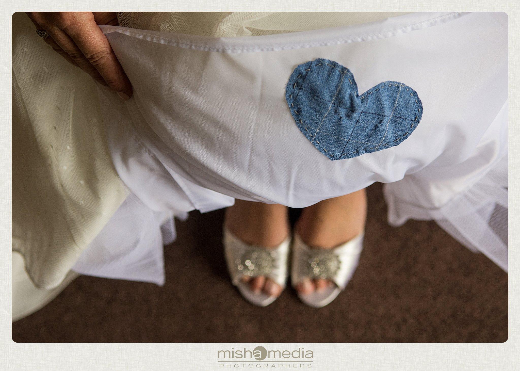 Weddings at Chestnut mountain Resort_0006