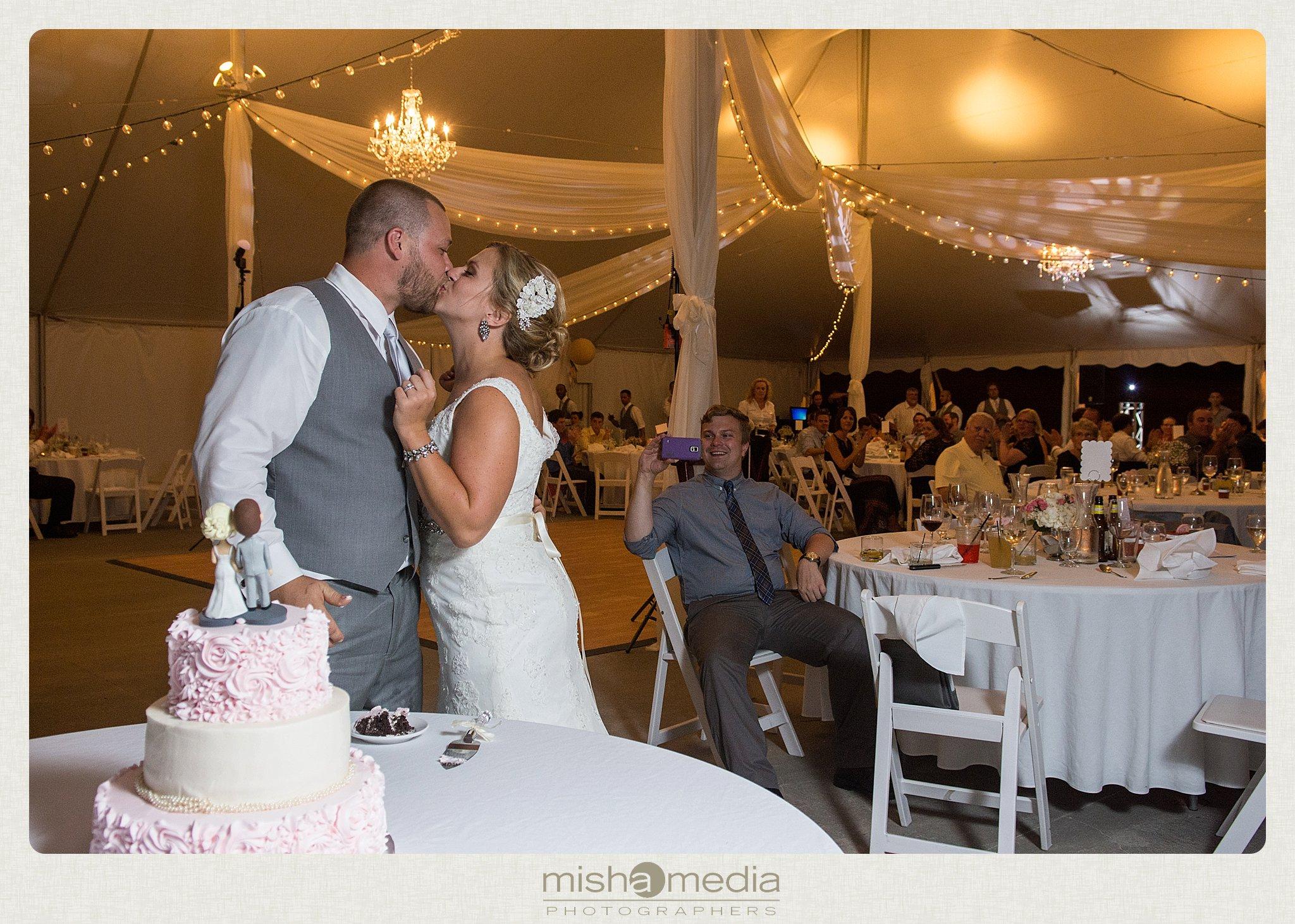 Weddings at Chestnut mountain Resort_0024