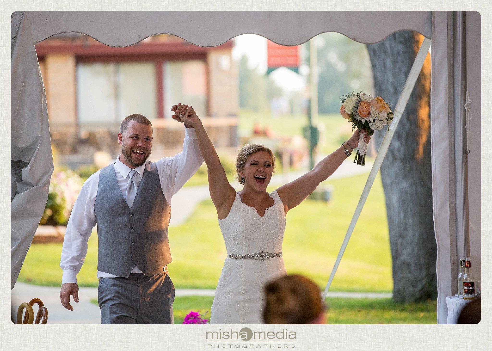 Weddings at Chestnut mountain Resort_0023