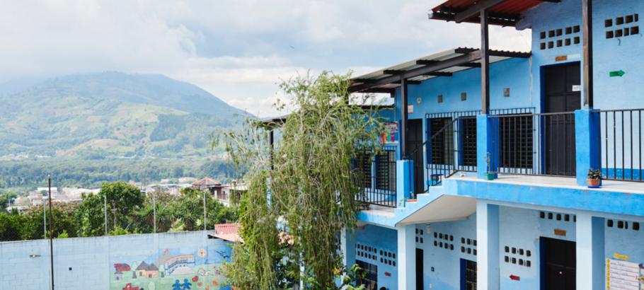 Ninos de Guatemala school