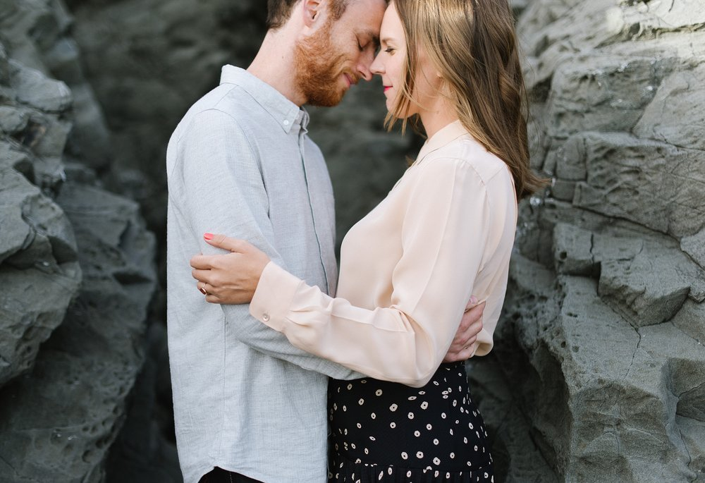 black_sands_beach_engagement_chelsea_dier_photography_0013.jpg