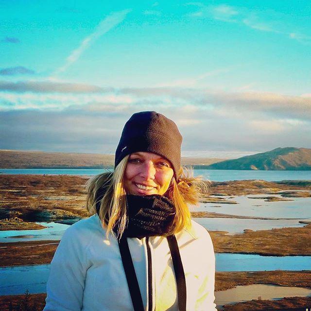 The stunning Thingvellir National Park is part of the famous Golden Circle in Iceland. . Thingvellir Nationaal Park is een van de highlights van de beroemde Gouden Cirkel route in IJsland. Lees er meer over op https://www.reissensatie.com/reisblog/bezienswaardigheden-golden-circle-ijsland-highlights . . . . #ijsland #iceland #thingvellir #pingvellir #goldencircle #reizen #wanderlust #fantasticearth #amazingplace #reisblog #reisblogger #reissensatie #travel #travels #traveler #travelblog #belgianblogger