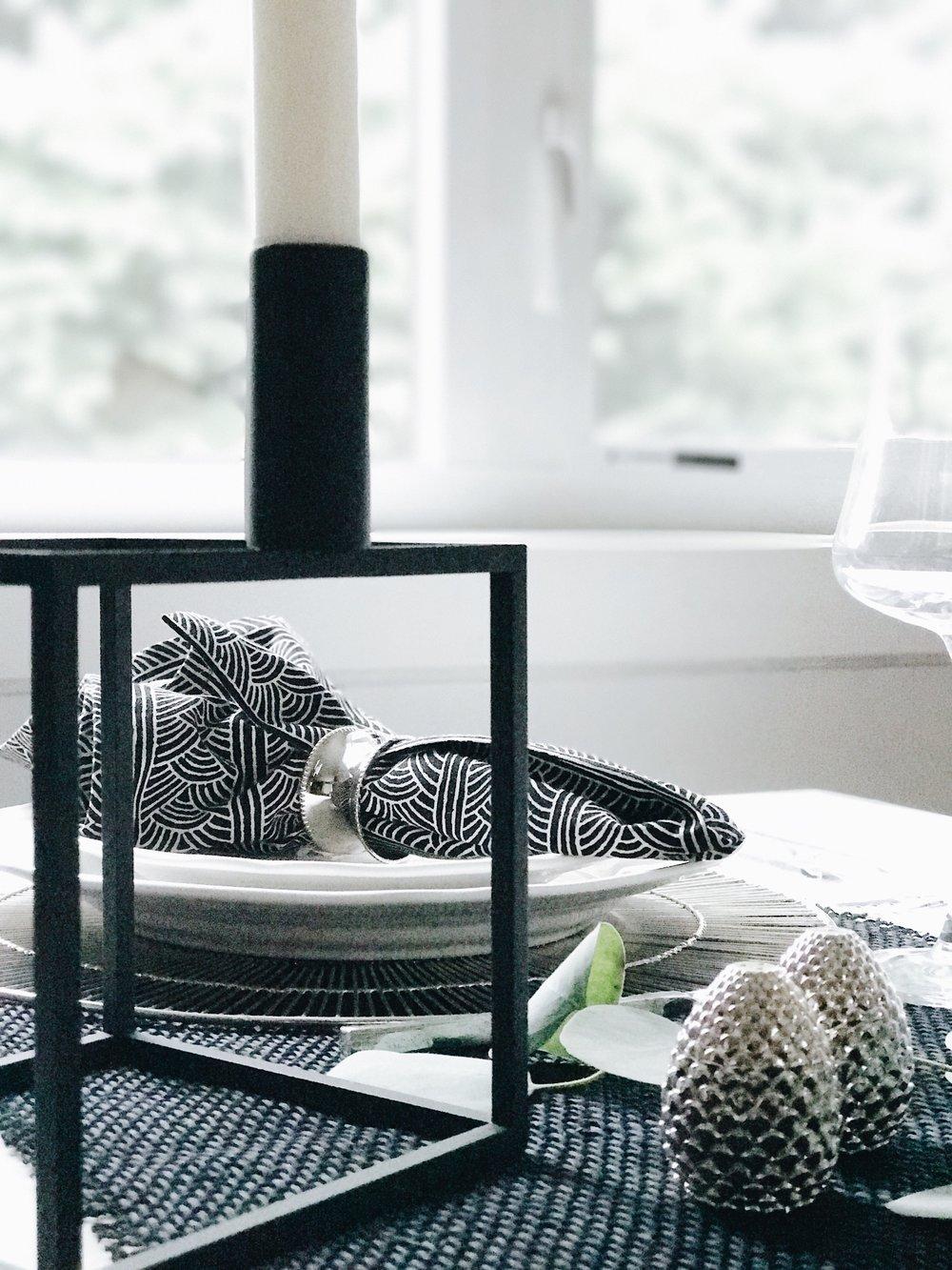 Thanksgiving Table Settings, Formal Monochrome, Nyla Free Designs Inc., Calgary Interior Designer