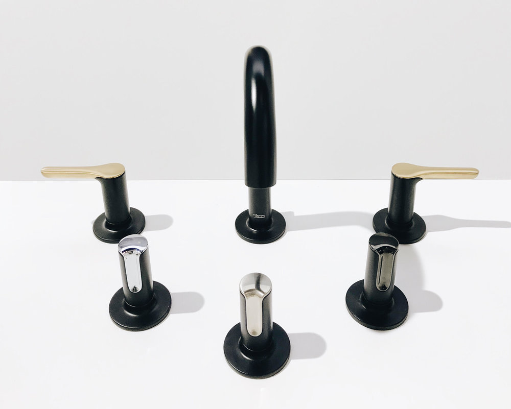 American Standard's   Studio S collection   offered in both a refined lever as well as a modern knob design, with options to mix and match finishes.