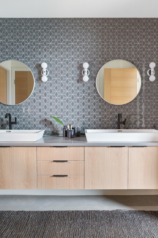 Modern Boys Bathroom, Interior Design and Decor Ideas, Nyla Free Designs Inc., Calgary Interior Designer, DeJong Design & Associates, Insignia Custom Homes, Phil Crozier Photography