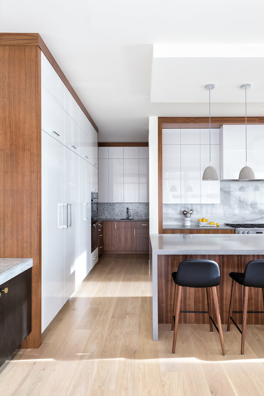 Modern Kitchen in a Bright, Airy, Open Concept Home, Calgary Interior Designer, Nyla Free Designs, DeJong Design Associates, Insignia Custom Homes, Phil Crozier Photography