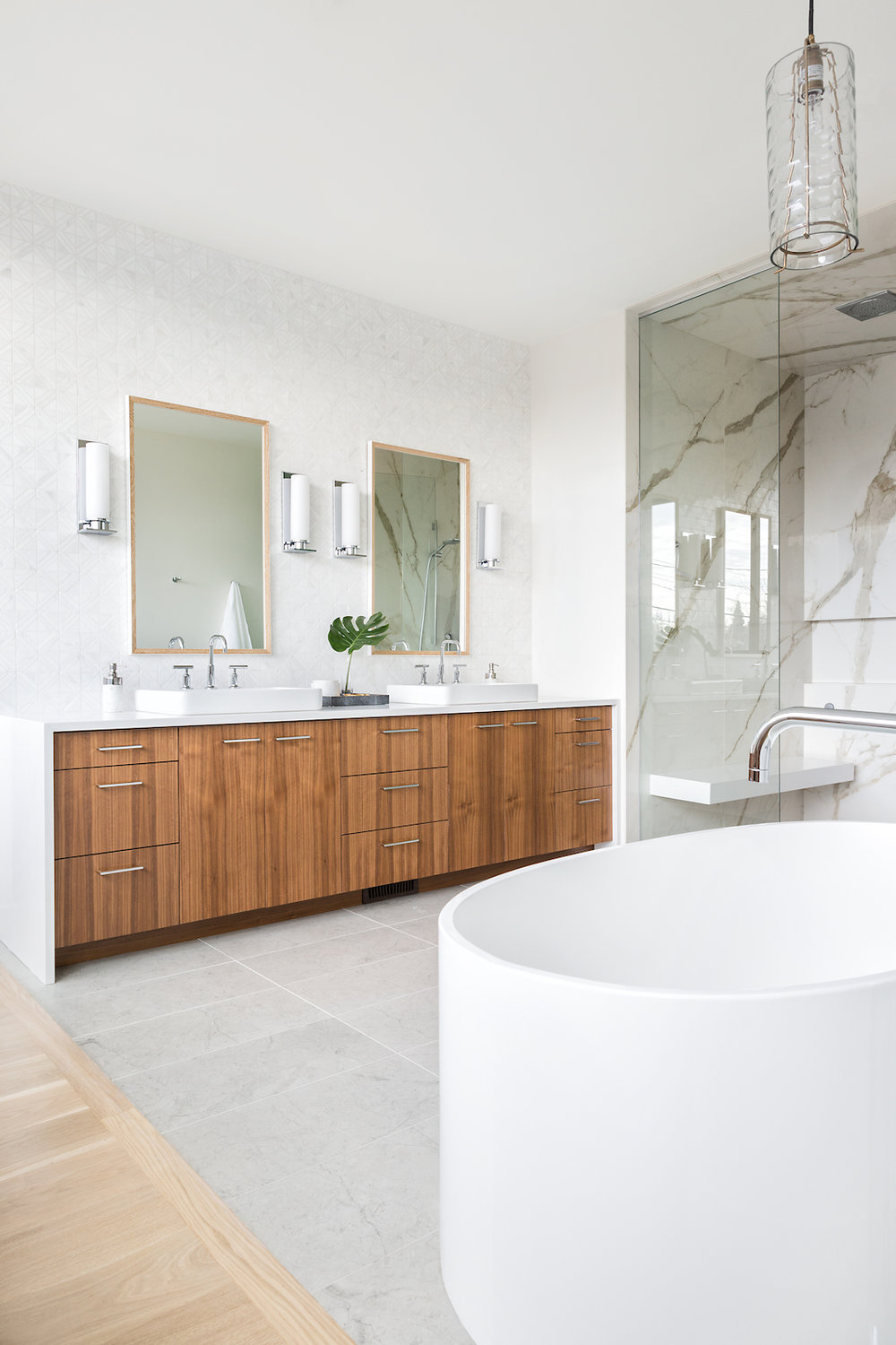 Nyla Free Designs Inc Elbow Park Modern Master Ensuite Reveal