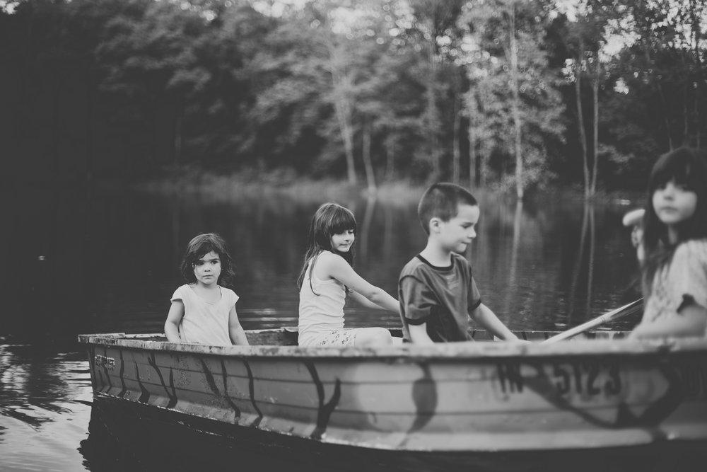 AzraandOak-Calgary-Family-Photographer-1017.jpg