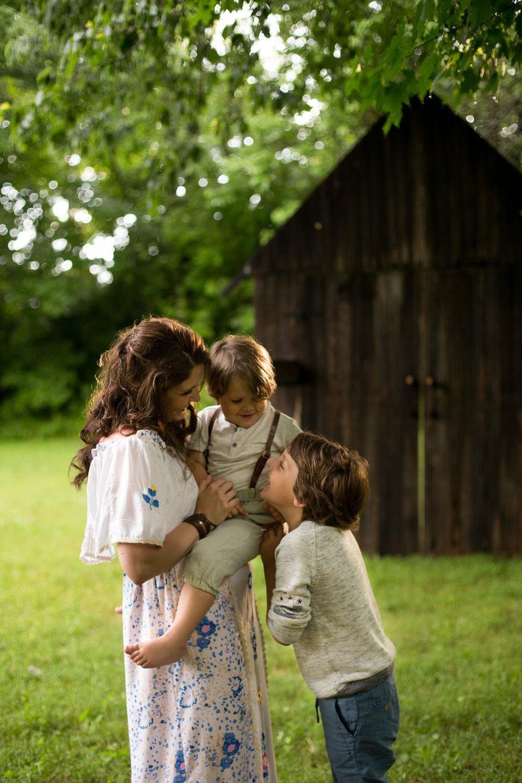 AzraandOak-Calgary-Family-Photographer-1022.jpg