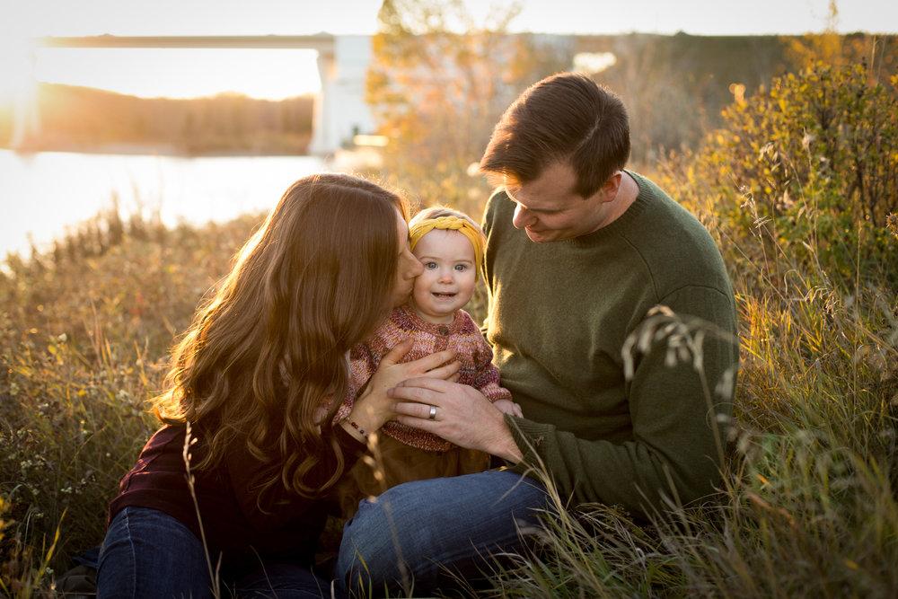 AzraandOak-Calgary-Family-Photographer-1130.jpg