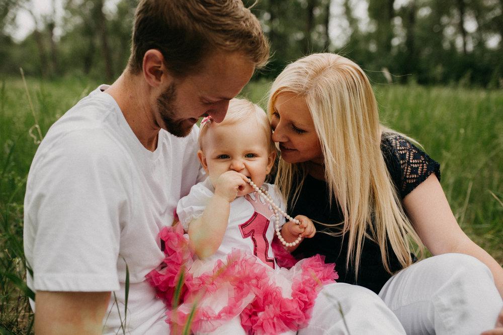 Calgary-Family-Photographer-1005.jpg