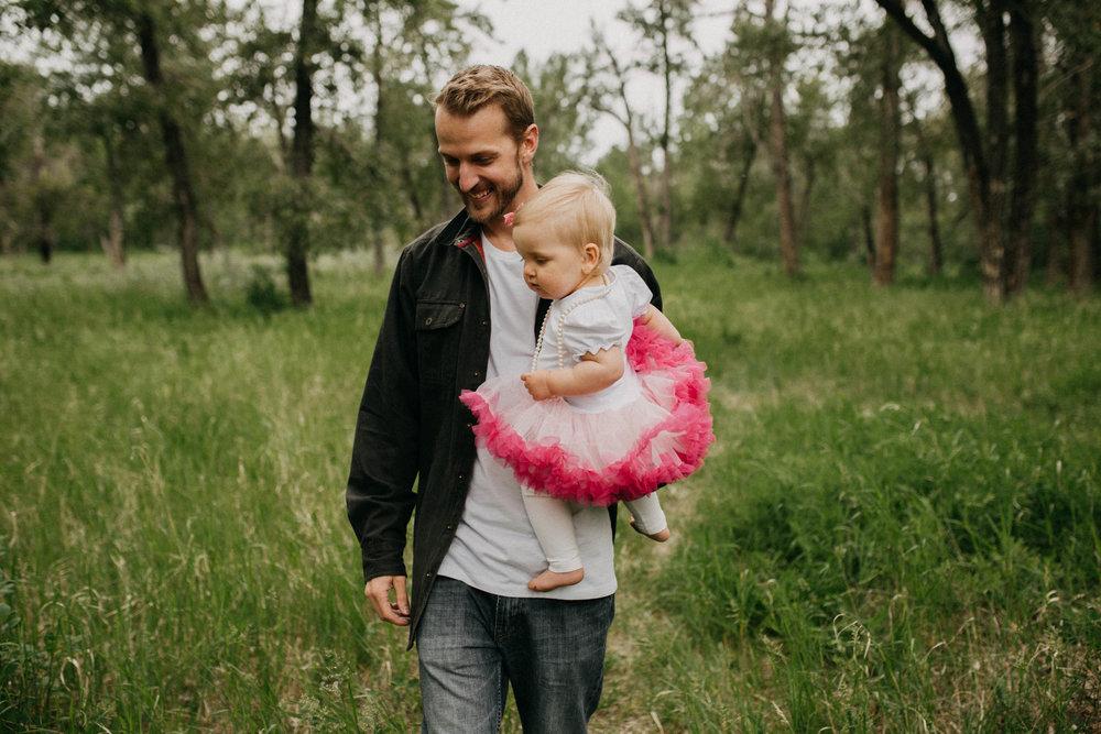 Calgary-Family-Photographer-1041.jpg
