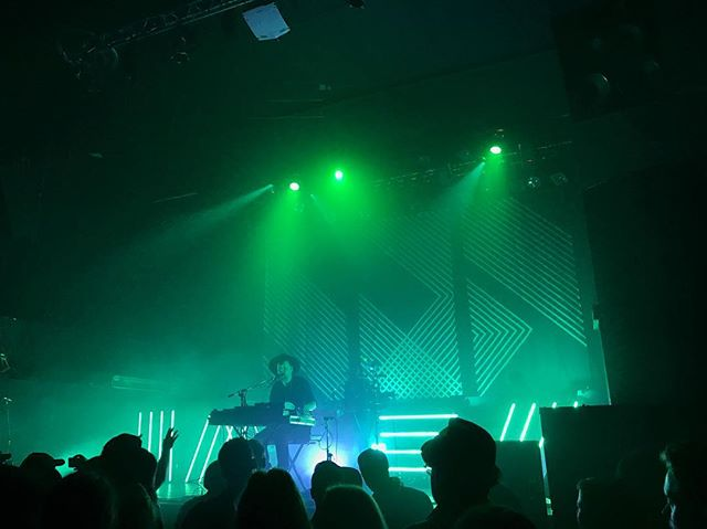 @sohn bringing it Saturday at the @rickshawtheatre. 📸: @dianamnewman . . . . . #SOHN #RickshawTheatre #TimbreConcerts #VancouverIsAwesome #DailyHiveVan #Concert #Vancouver #RainCitySounds
