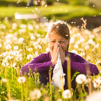Fun-Facts-About-Sneezing-01-pg-full.jpg