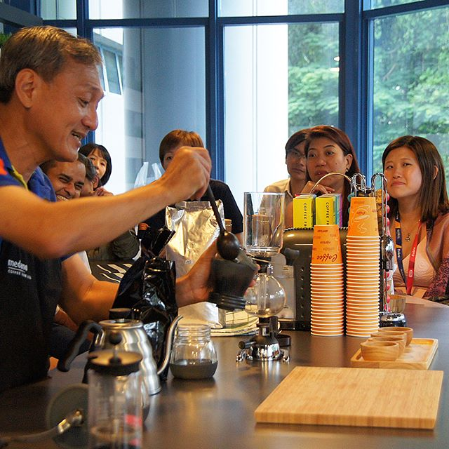 Today the lovely people at Global Travel got to enjoy a coffee appreciation session by us! Hands on coffee grinding and brewing left everyone refreshed and recharged with some coffee to perk the day up.  Want a refreshing way to bond with your team? Drop us an email! #medanocoffee #coffeetime #coffeesg #singaporecoffee #coffeeaddict