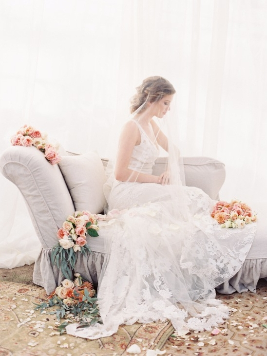 WEDDINGCHICKS : 4 Beautiful Boho Bride Styles