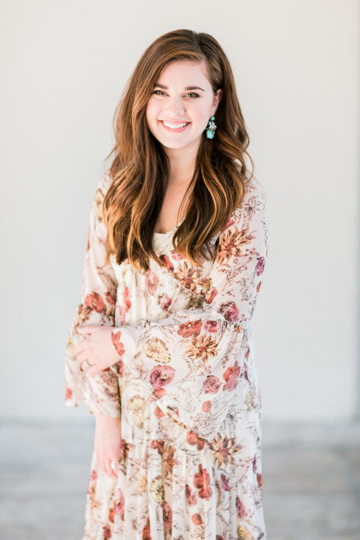 Emily | Premier Artist