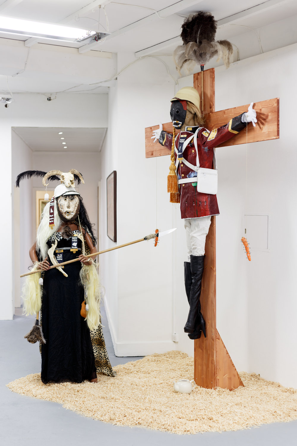 Andrew Gilbert,  ´T  he Eternal Idol   –   British Of  ficer Crucified  , 8th Xhosa War   – 1853´ , 2017, mixed media, dimensions variable Photo: Kilian Bannwart
