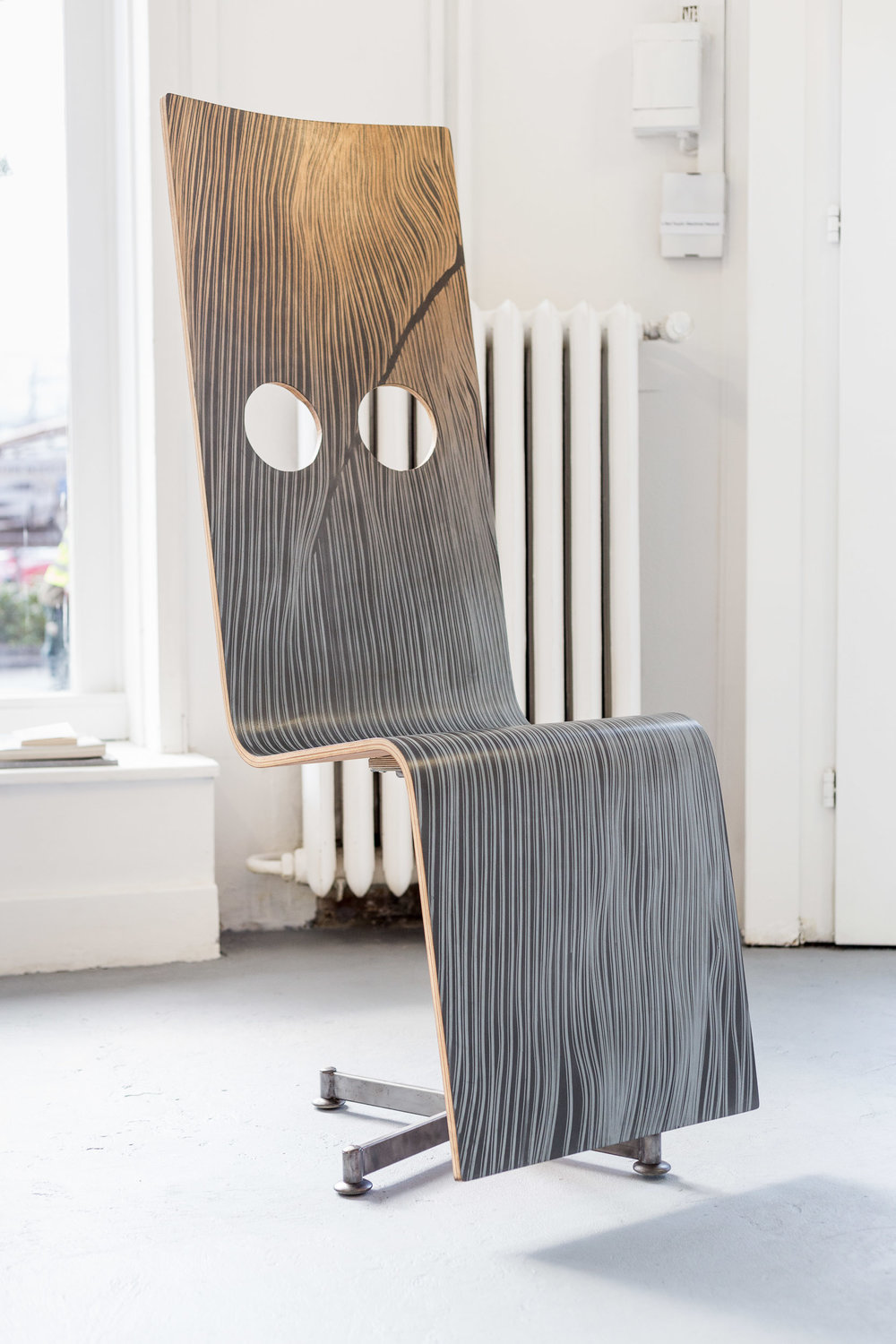 Fiona Banner,  Pinstripe Chair,  2015, graphite, vinyl, plywood, chair base, 148 x 52 x 50 cm  Photo: Kilian Bannwart