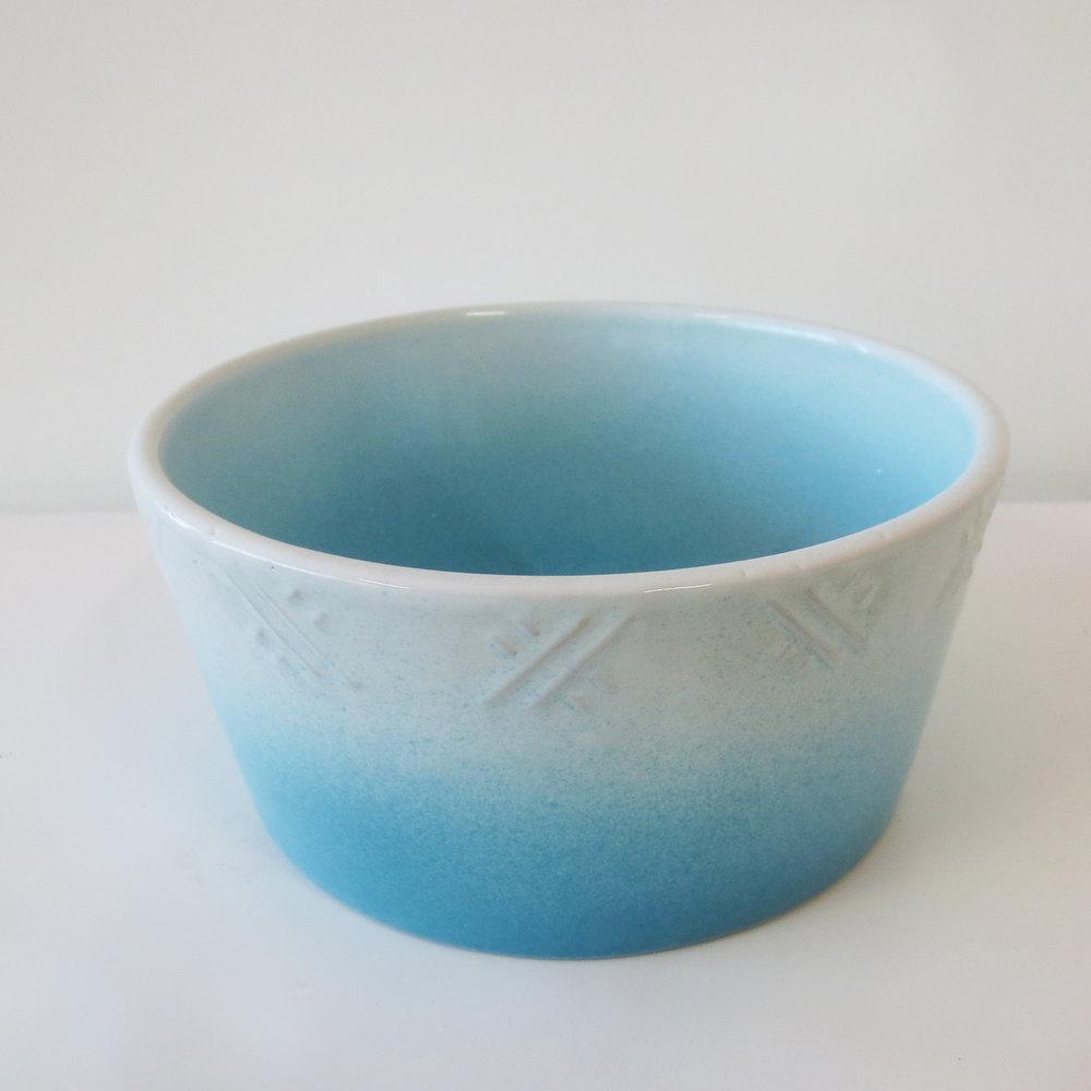 BowlBlue.jpg
