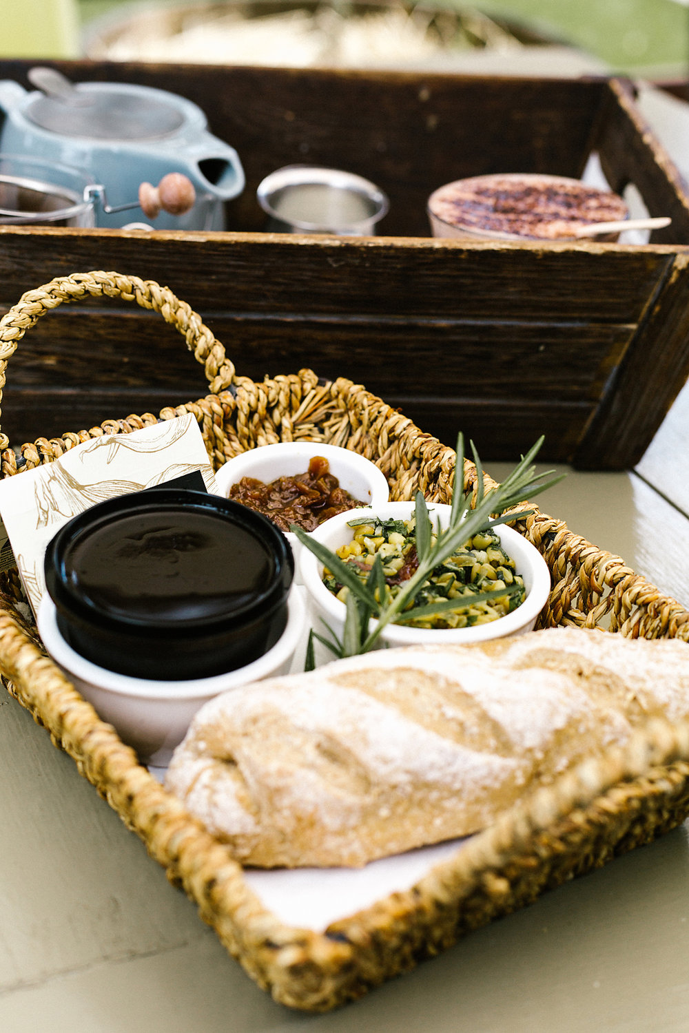 Pheasant Farm Chicken & Smoky Garlic Pate Picnic Basket