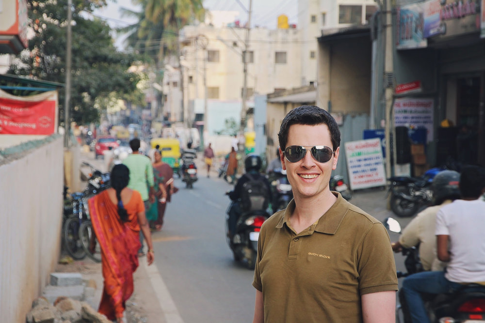 Pete on the hunt for food so spicy he could not eat it... he is still looking (Bengaluru, India, in 2014)