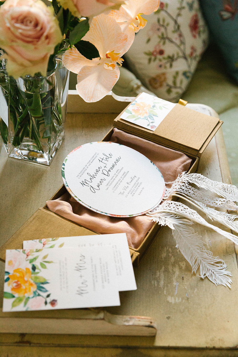 Stationery by  Studio B Couture . Photography by  Poppy & Sage Photography .
