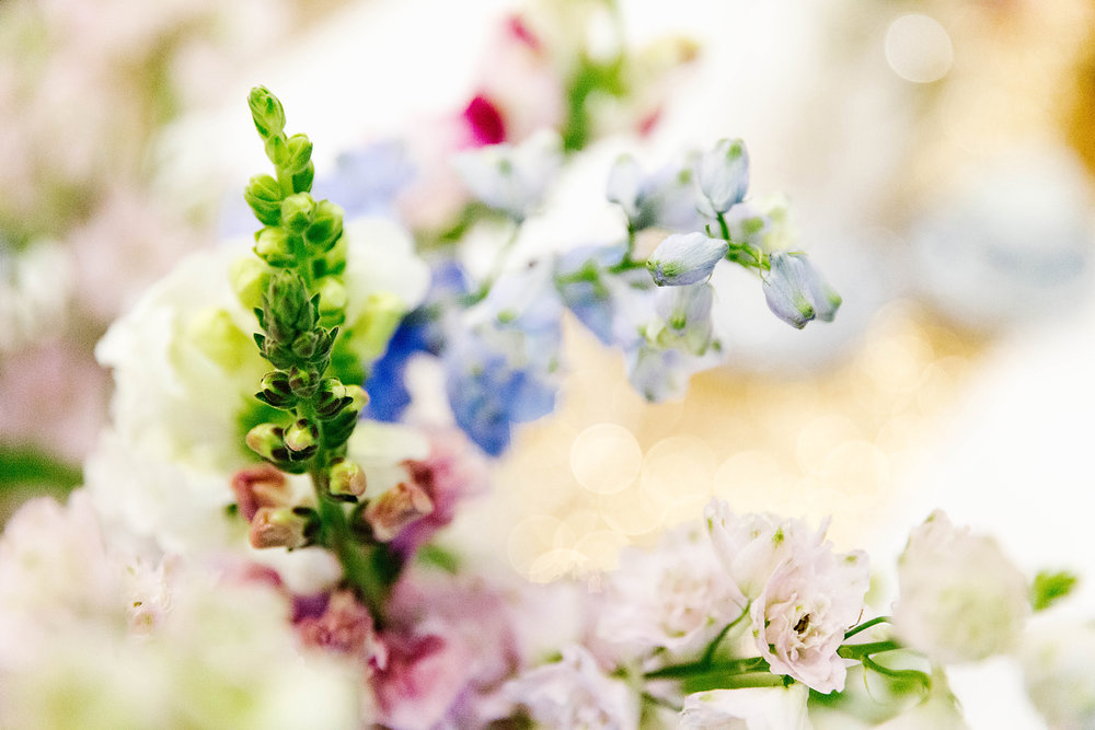 Flowers by  Bumble & Bloom . Photography by  Poppy & Sage Photography .