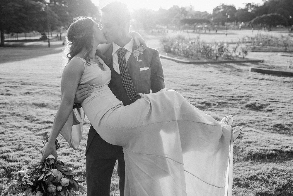 Parisian Wedding Photographer