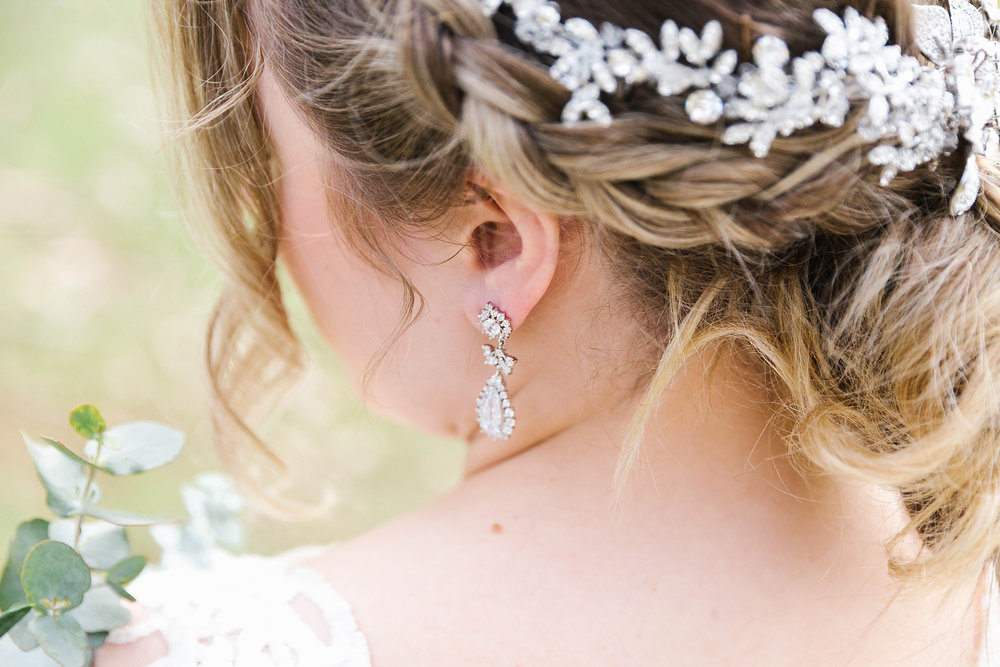 All accessories shown by Wendy Louise Designs. Photography by Poppy & Sage Photography.
