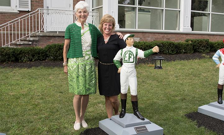 Vivien and Lawn Jockey artist,Paula Salmiery
