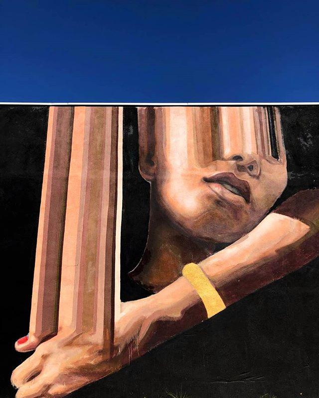 """The golden threads"" Upclose Los Angeles Produced by @co_labs 📸 @co_labs . . . . . #marieajras #marielaajras #LA #losangelesstreetart #latimes #latinamerica #womenartist #womenwhopaint #mural #urbanart #streetart #streetartusa #walls #igart #art #streetartlovers #streetartnews #echopark #silverlake #muralsoflosangeles"