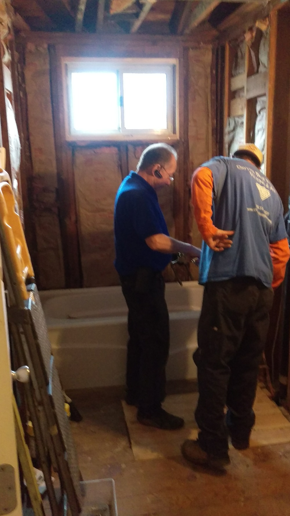 Common Bathroom Tub and sub-floor installed dtd 20160118.jpg
