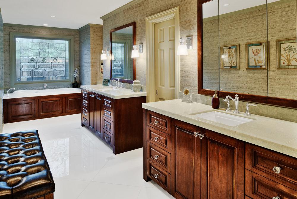 amaster-bath-wide.jpg